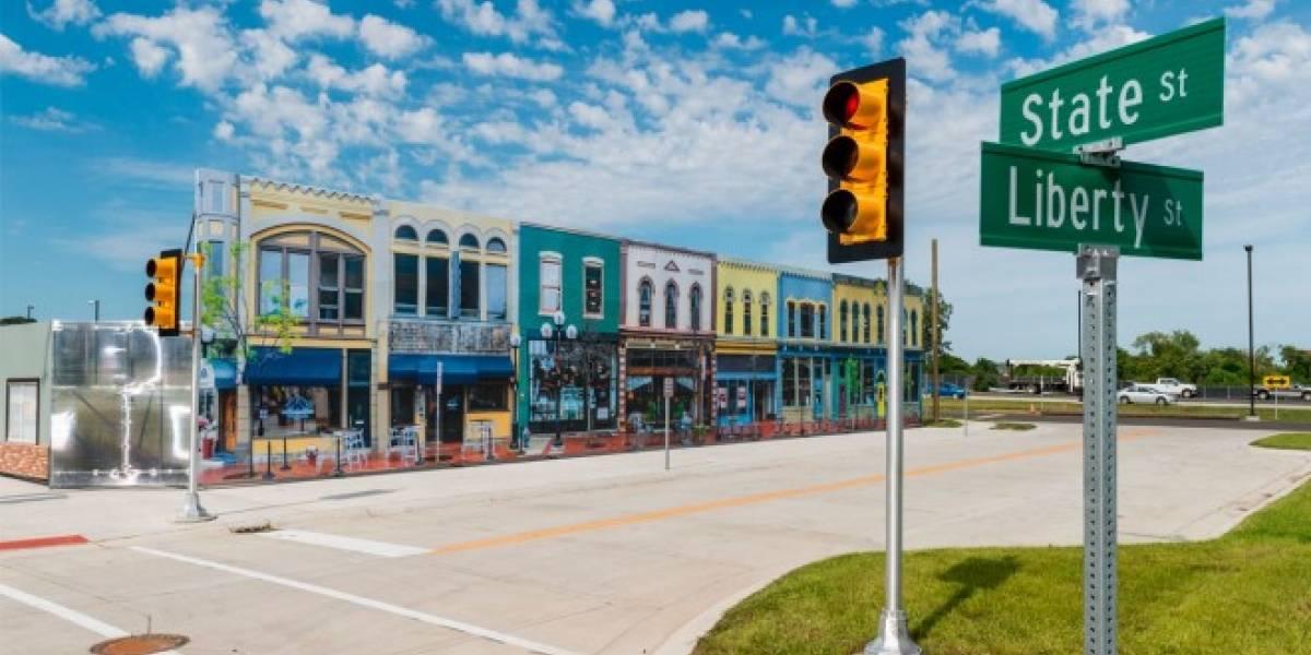 Universidad de Michigan construye una ciudad falsa para probar vehículos autónomos