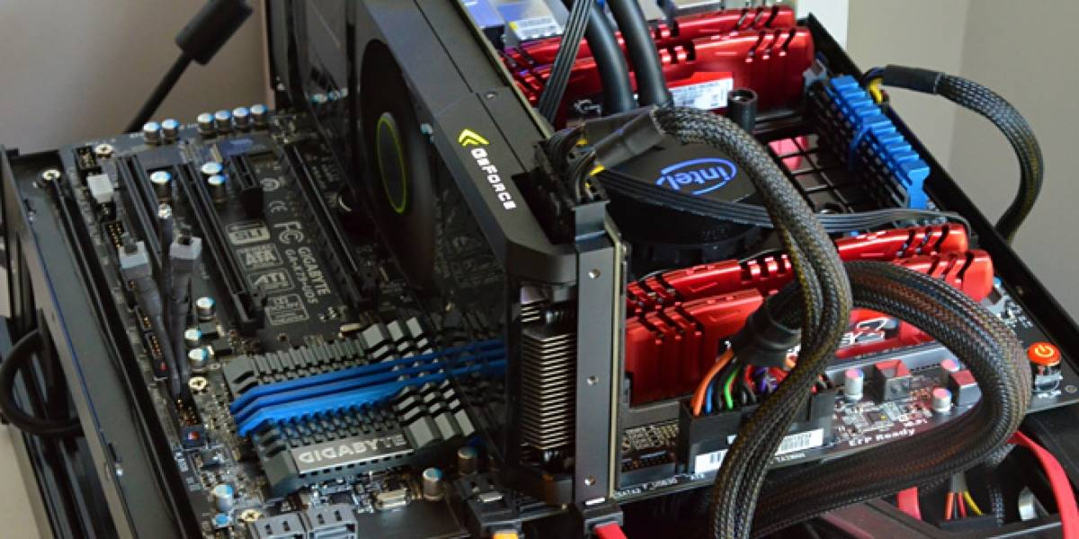 Intel Sandy Bridge E 3960X en una placa madre GIGABYTE X79-UD5