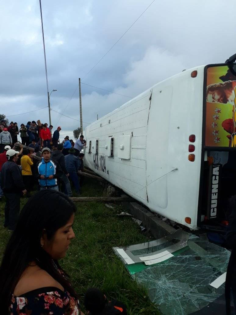 ECU 911 Accidente de tránsito en Cañar