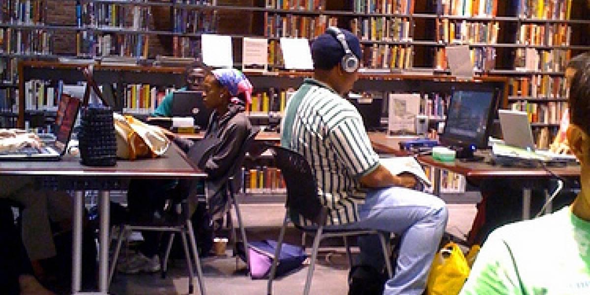 Las bibliotecas no son para jugar