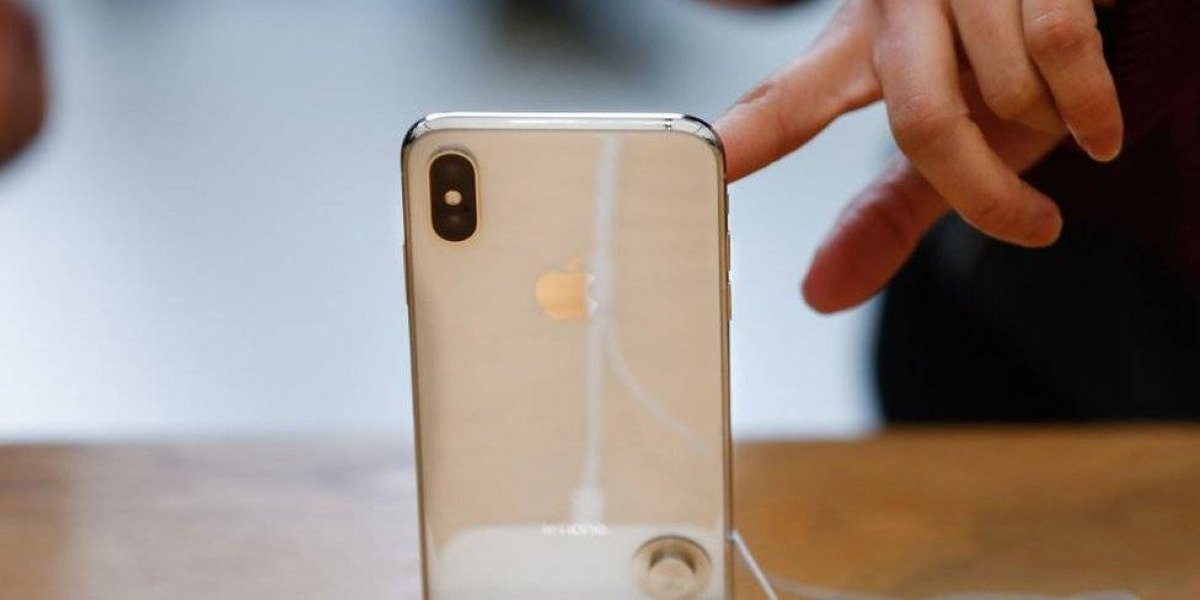 Apple podría lanzar un iPhone X color oro este año