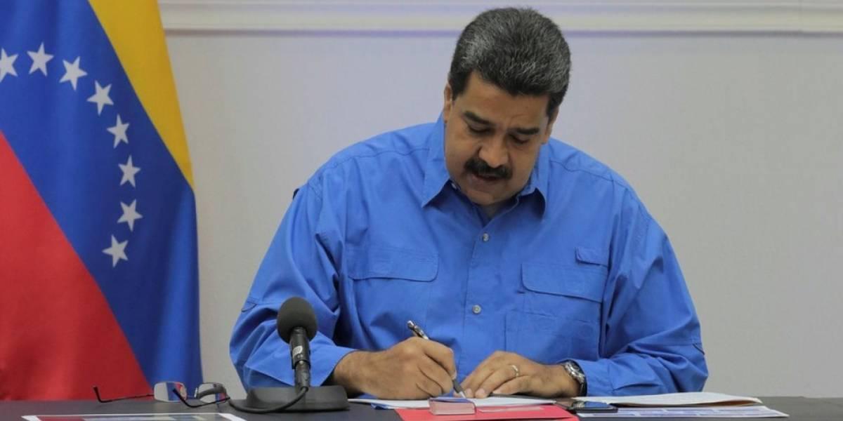 Tillerson: EEUU considera la posibilidad de un embargo petrolífero contra Venezuela
