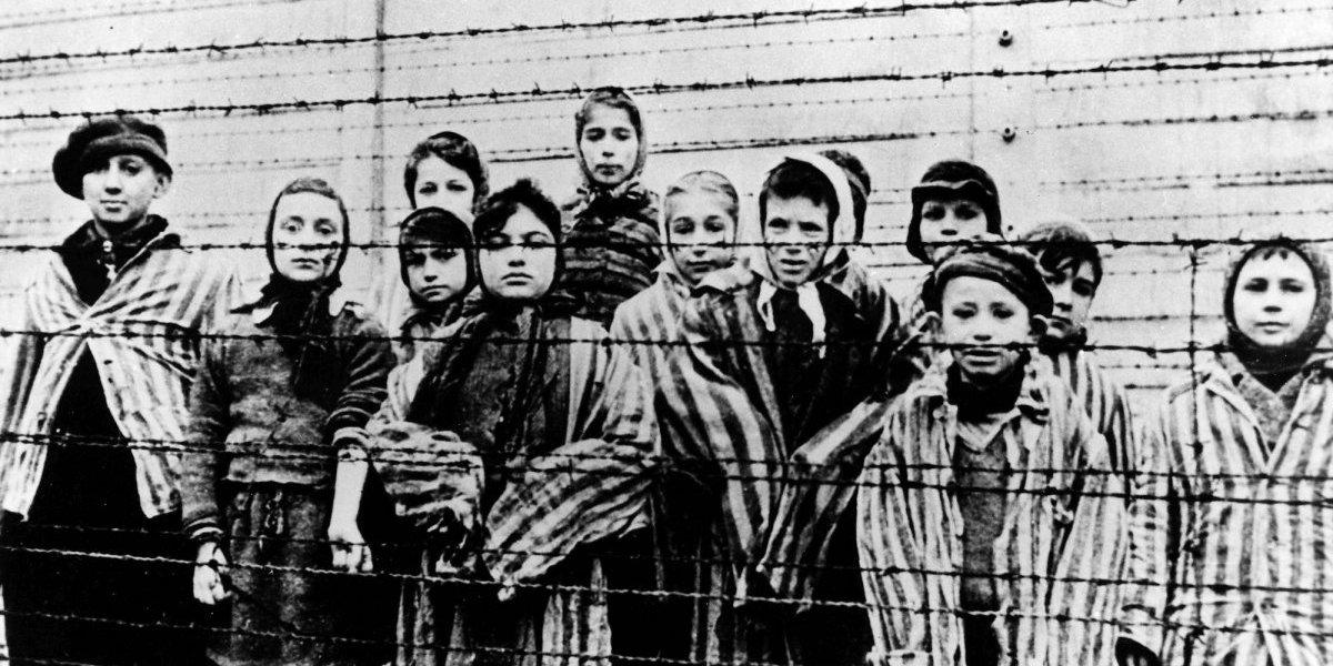 El juicio histórico sobre el Holocausto no se puede imponer por ley: Mario Sznajder