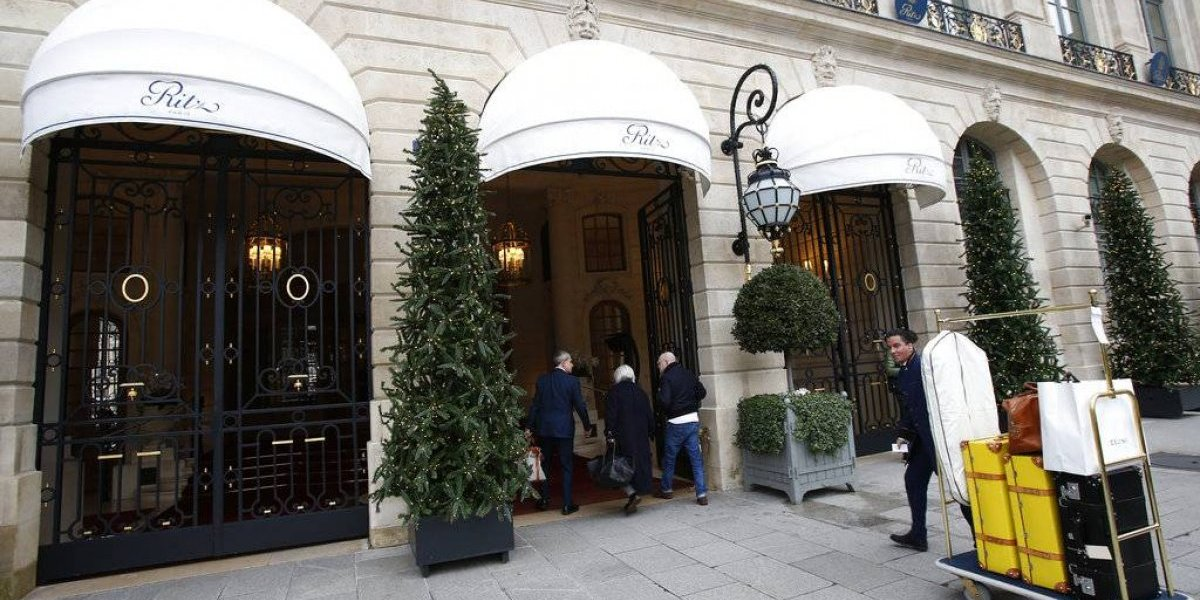 Hotel Ritz de París subasta varias piezas de lujo