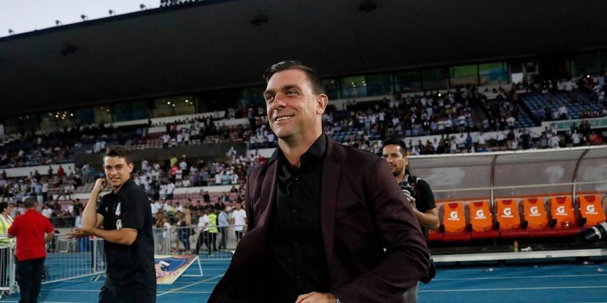 Pablo Guede, el técnico que se fue de Colo Colo con cuatro títulos y como experto en clásicos