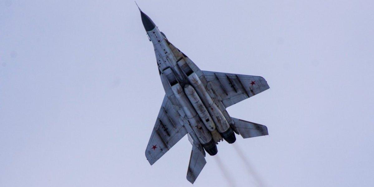 """Tensión aérea en el Mar Negro: """"Crimea es parte de Rusia y los aviones espías se encontrarán con nuestros cazas"""""""