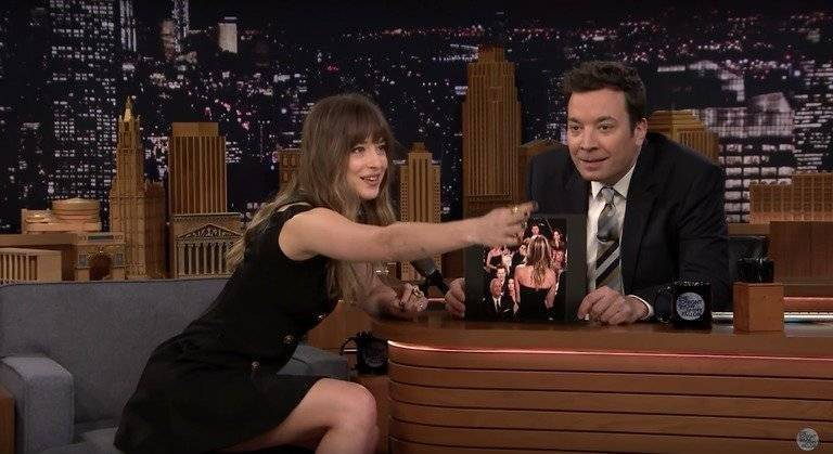 Dakota y Jimmy Fallon