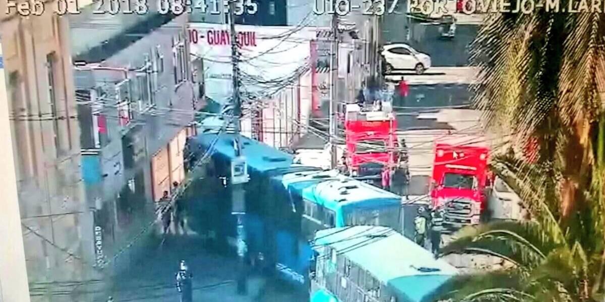 Quito: Accidente de tránsito en sector El Ejido