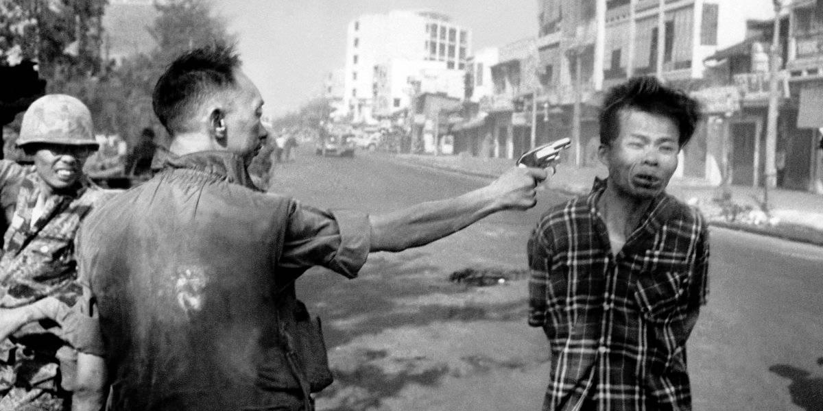 La historia detrás de la foto que captó una ejecución histórica