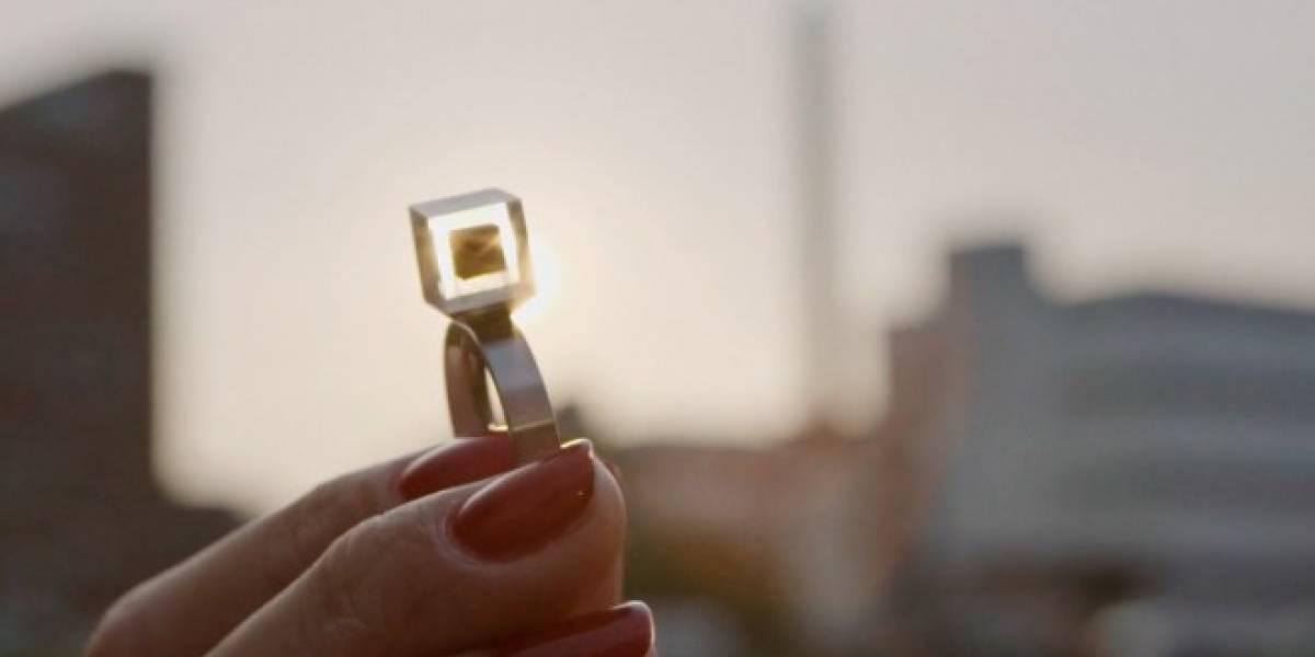 El purificador de aire más grande del mundo recolecta smog para crear joyería