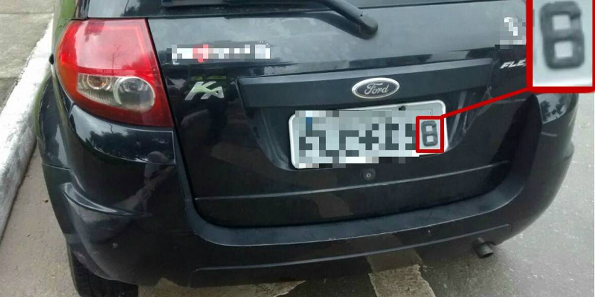 Motorista usava fita isolante para alterar placa e fraudar o rodízio em SP