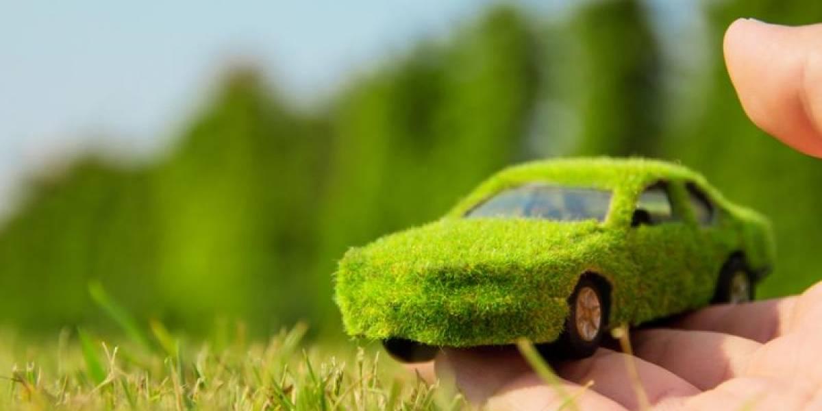 ¿Auto nuevo?: Conoce los que más y menos contaminan según el Ministerio de Medio Ambiente