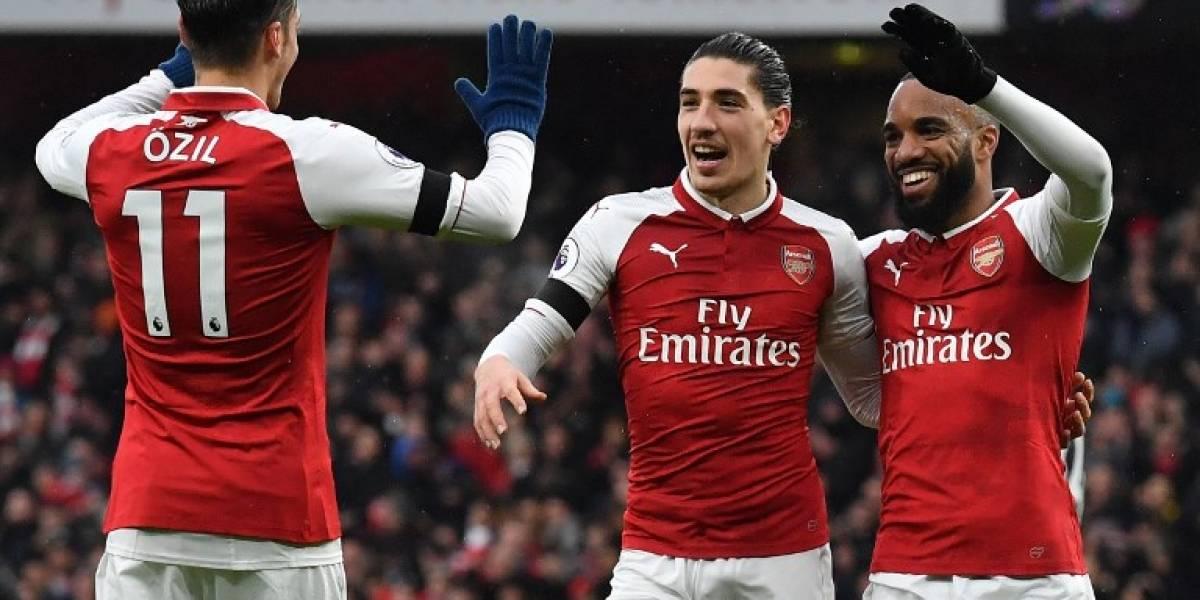 Pese a los rumores de su salida, el Arsenal convence auno de sus cracksde renovar