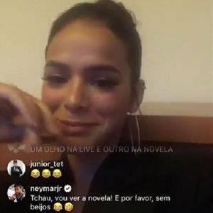 Neymar Bruna live