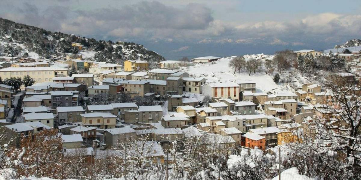 Cidade italiana vende casas a 1 euro para atrair moradores