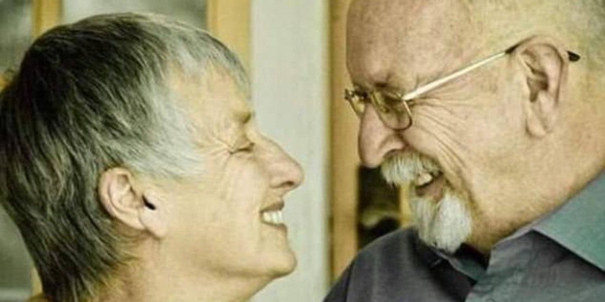 Antes de morrer, mulher faz pedido e 'trolla' marido durante 5 anos