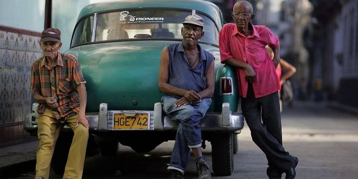 Cubanos esperan por los resultados en Estados Unidos