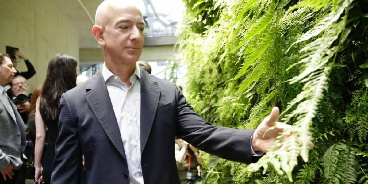 Jeff Bezos se reunió con el FBI en investigación de hackeo de su móvil