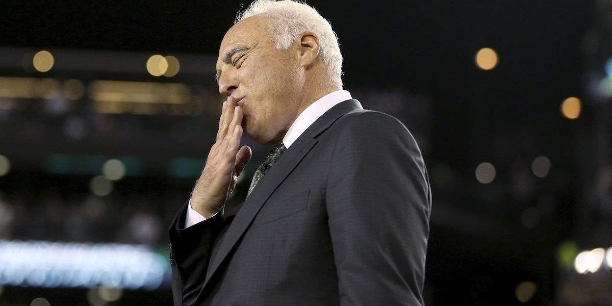 Dueño de Eagles se declara listo para bailar si gana el Super Bowl