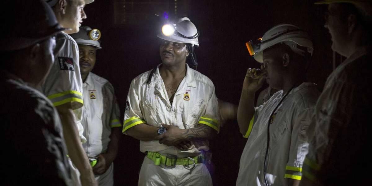 Sudáfrica: evacuaron a los 900 mineros que estuvieron atrapados más de 24 horas