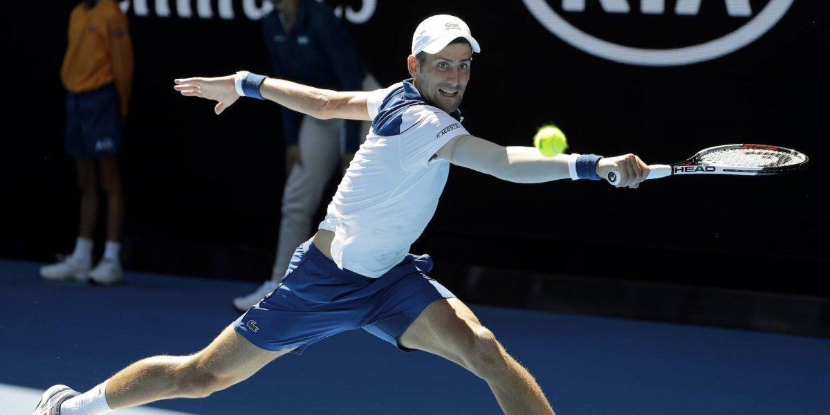 Novak Djokovic se somete a una cirugia