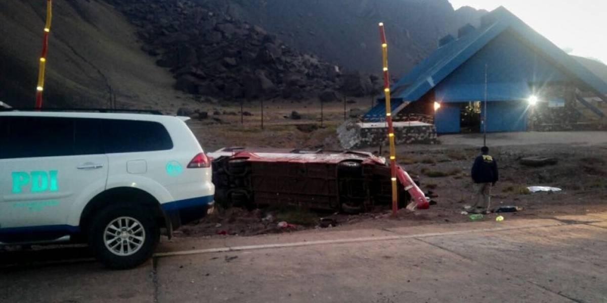 Accidente de bus chileno en Argentina deja al menos tres menores fallecidos y cinco heridos de gravedad