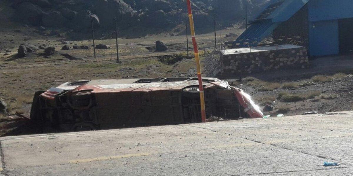 Quilicura y Lican Ray lloran tras la identificación de los tres niños que fallecieron en accidente del bus en Argentina