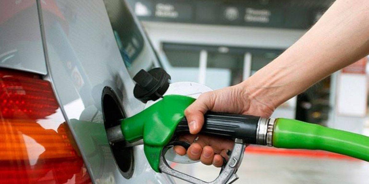 Combustibles bajarán entre 1 y 3 pesos a partir de mañana