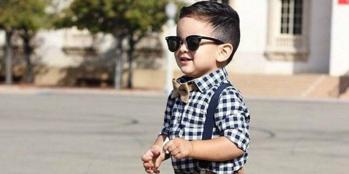 Vacaciones: ¿Deberían usar lentes de sol los niños?