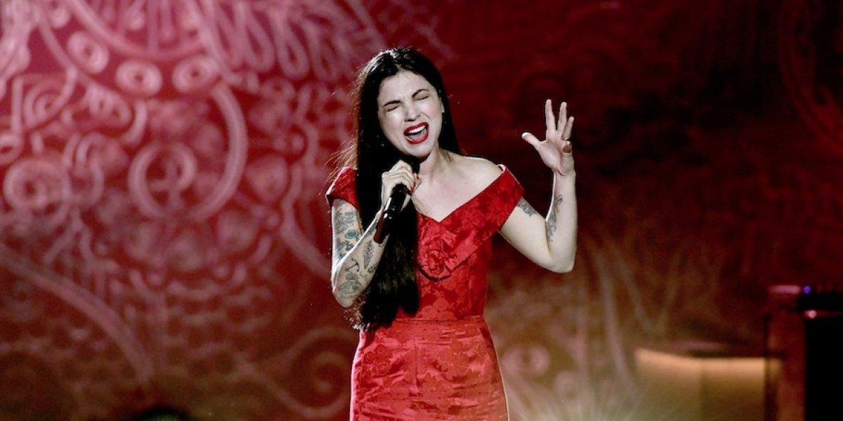 """Mon Laferte confiesa por qué no puede dejar de cantar """"Antes de ti"""""""