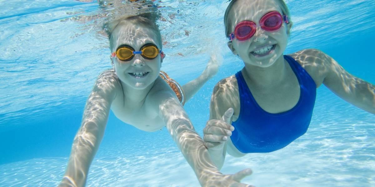 Vacaciones: 8 tips para cuidar a los niños en las piscinas