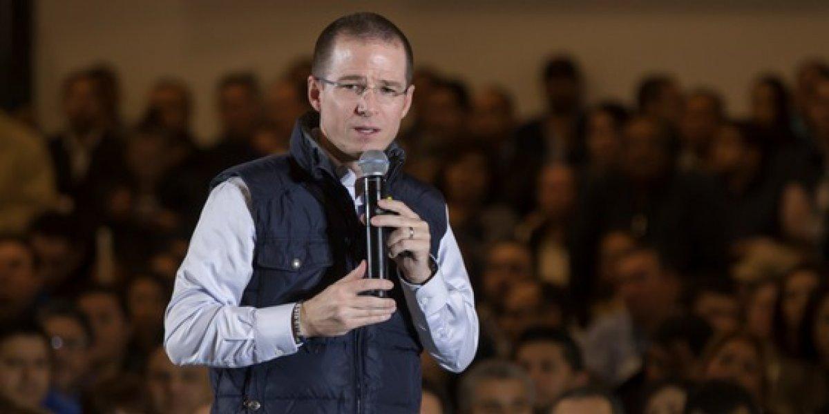 Denuncian ante PGR a Ricardo Anaya