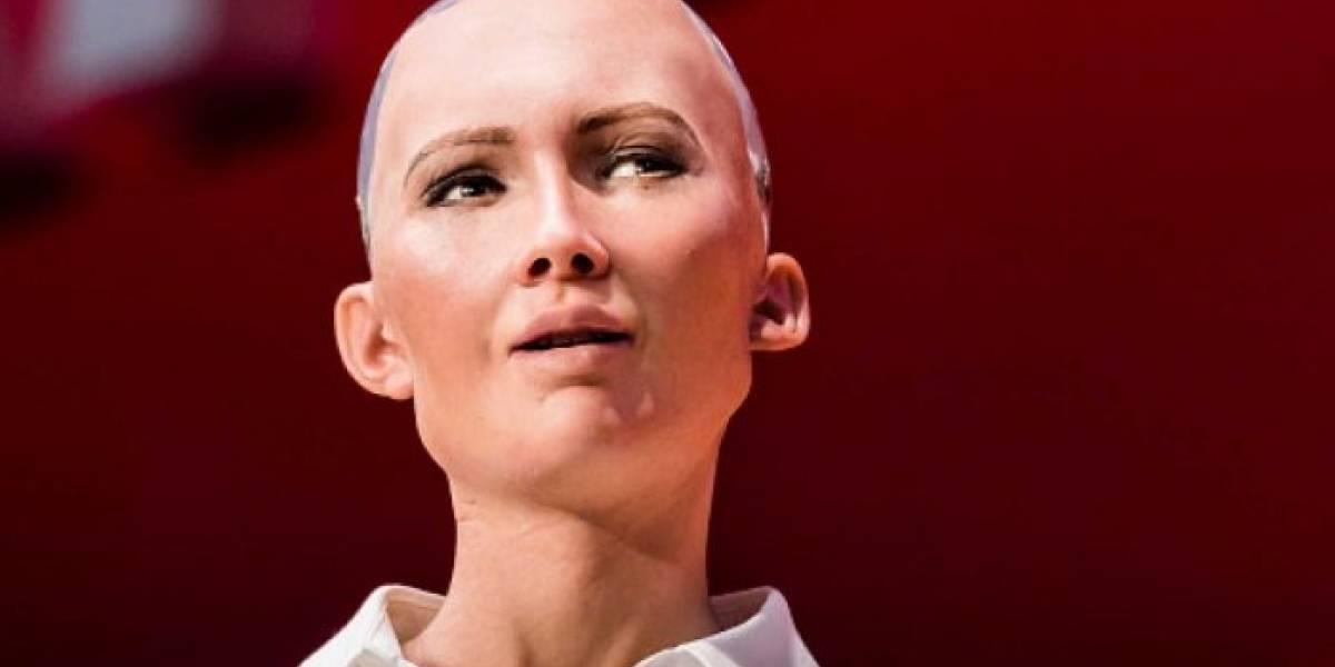 """Robot humanoide """"muere"""" tras ser consultada por la corrupción de Ucrania"""