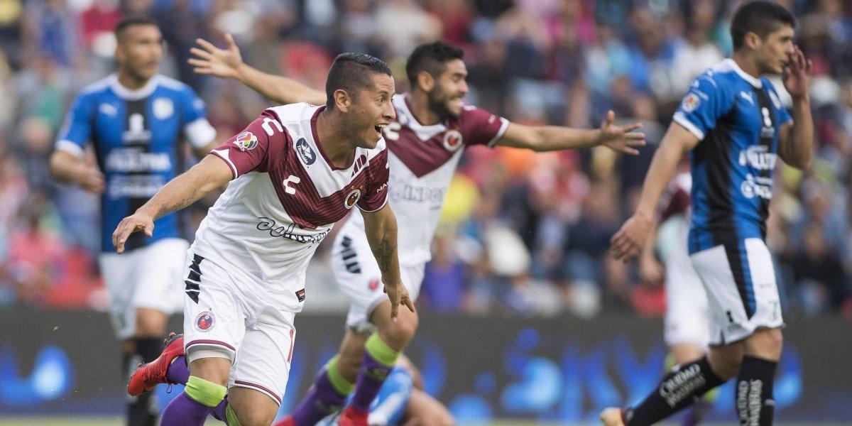 Veracruz le pega de visita 1-0 a Querétaro en duelo por la permanencia