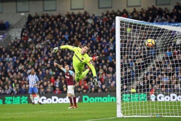 Gol de José Heriberto Izquierdo con Brighton vs West Ham