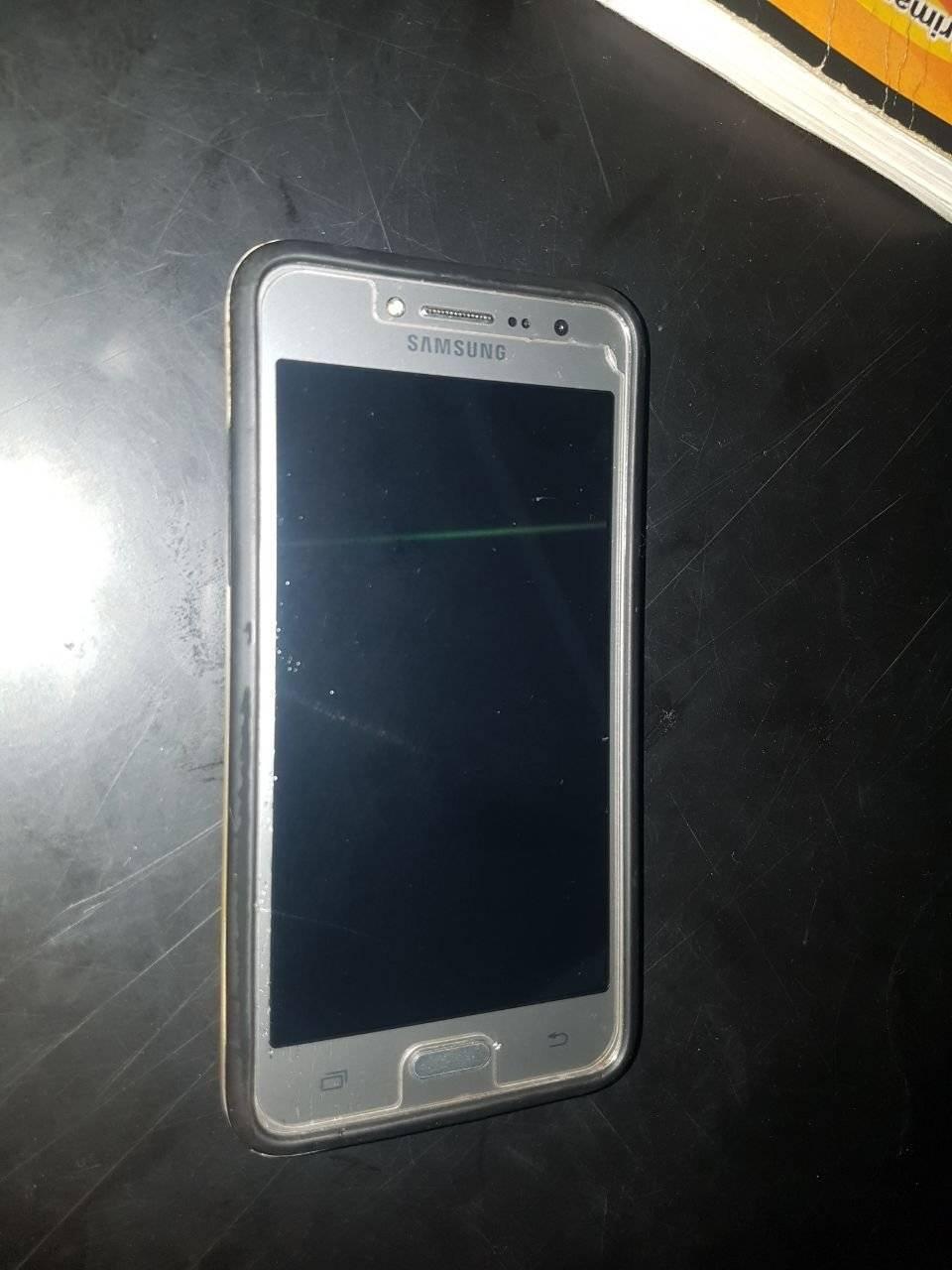Este fue el celular que le robó el menor a la mujer en Escuintla. PNC