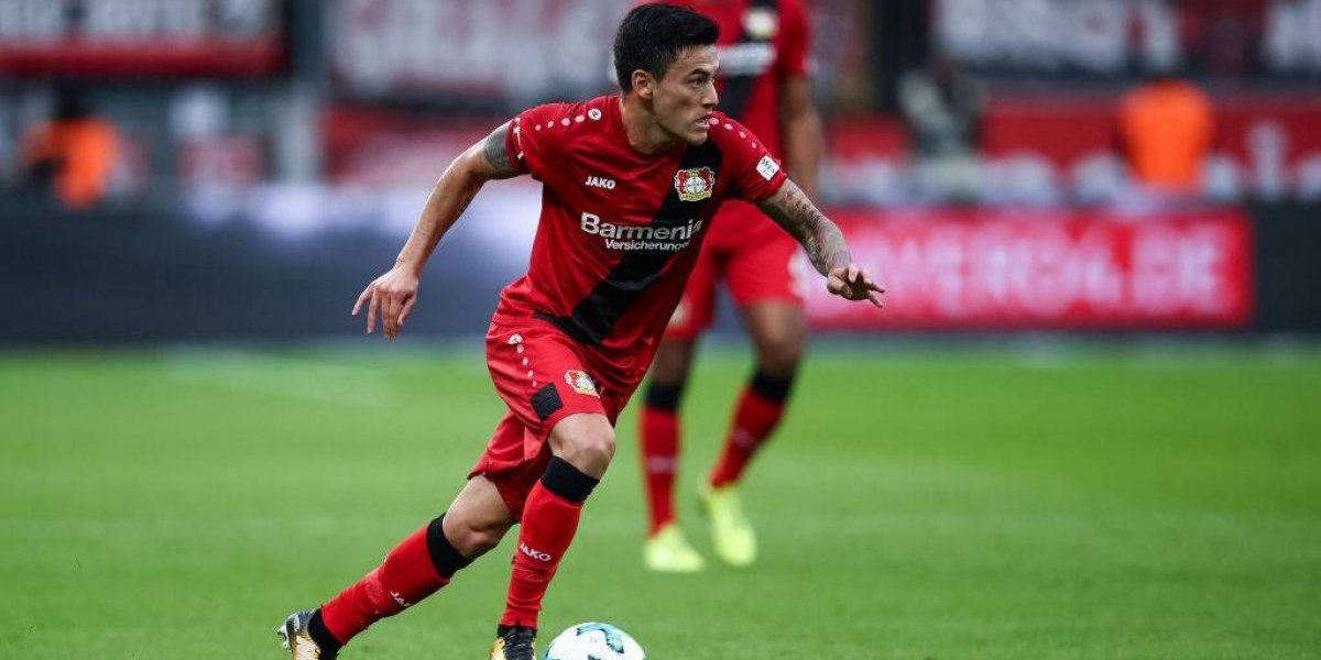 Bayer Leverkusen de Charles Aránguiz empató y comienza a entregarle el título a Bayern Munich