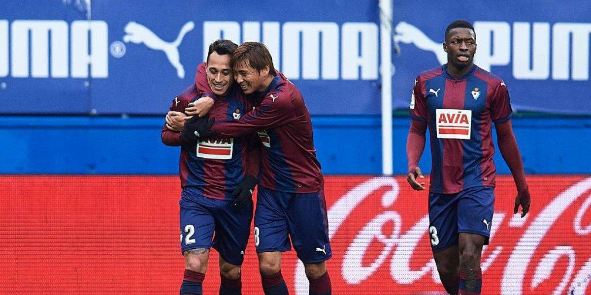 Fabián Orellana convirtió un doblete en goleada del Eibar ante Sevilla
