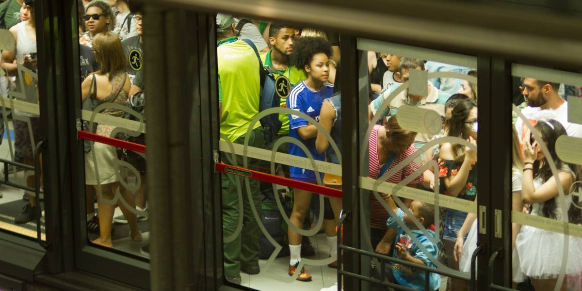 Uso indevido de botão de emergência motivou paralisação da linha 4-Amarela do Metrô