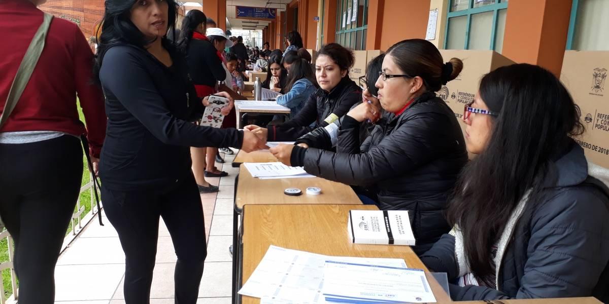 En Azuay la jornada electoral se cumple con orden y normalidad