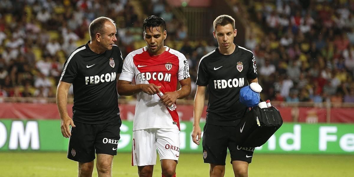 Falcao abandona el campo ante el Lyon por una lesión