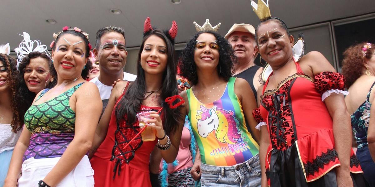 Bloco do Baixo Augusta arrasta multidão em São Paulo