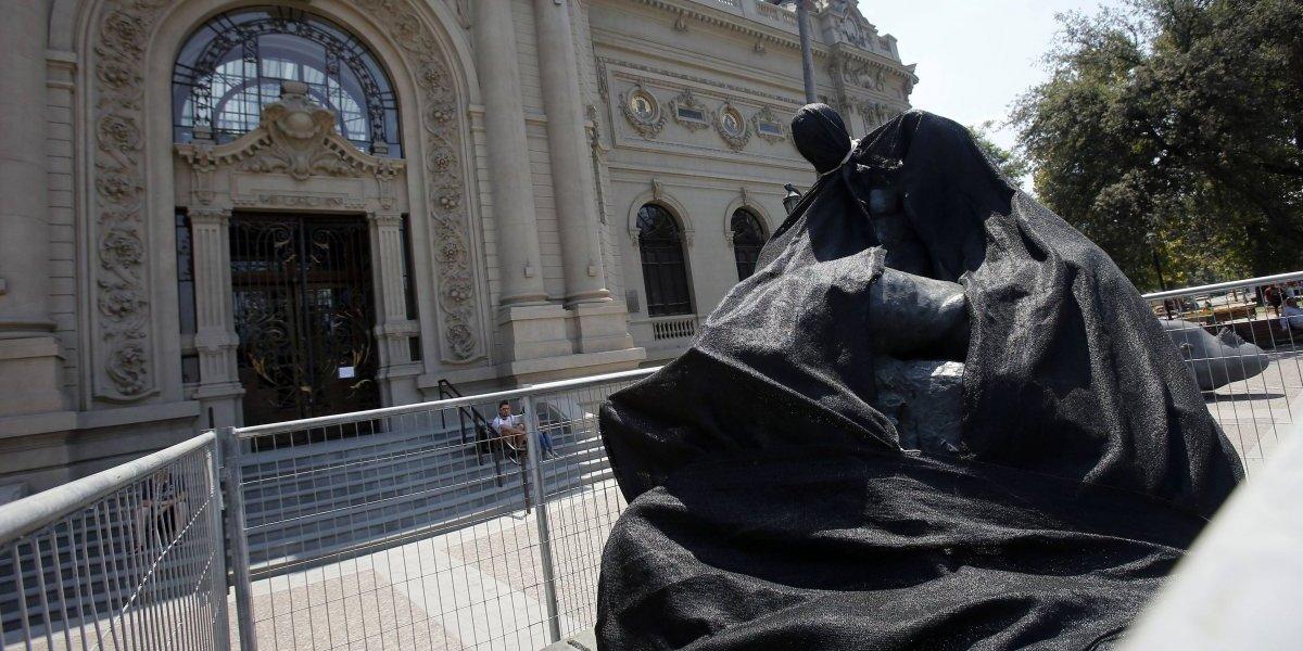 Escultura de Rebeca Matte habría resultado dañada tras retiro de la Fórmula E