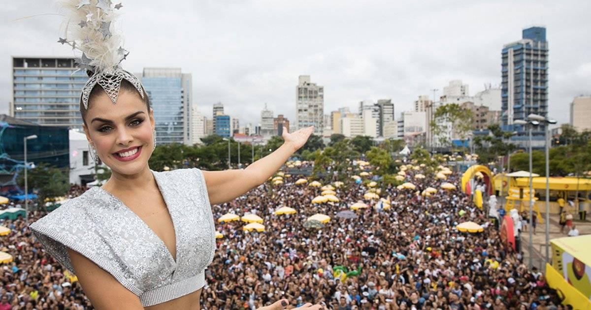 Paloma Bernardi se encantou com o público DIVULGAÇÃO/FELIPE PANFILI