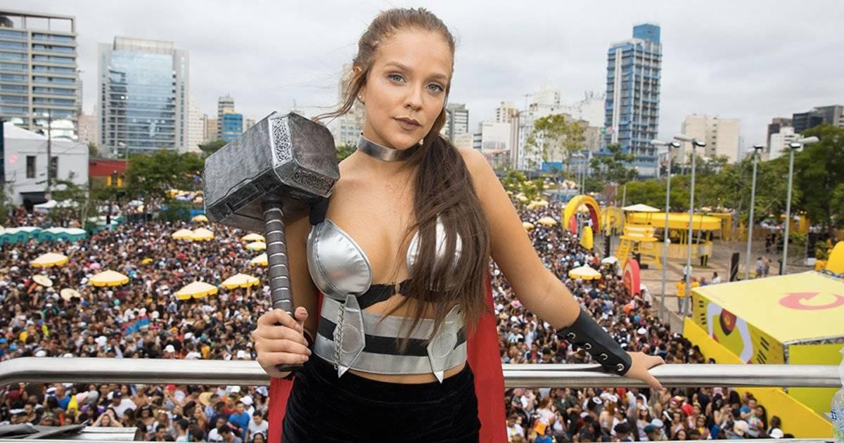 Gabi Lopes assumiu o lado nerd e se fantasiou de Thor DIVULGAÇÃO/FELIPE PANFILI