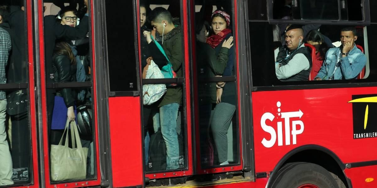 Denuncian atraco masivo en bus de TransMilenio por la avenida Caracas
