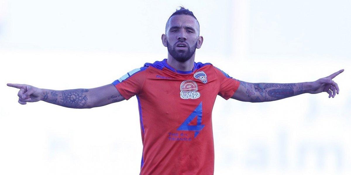 Ronnie Fernández convierte un doblete y se transforma en el goleador de la liga en Arabia Saudita