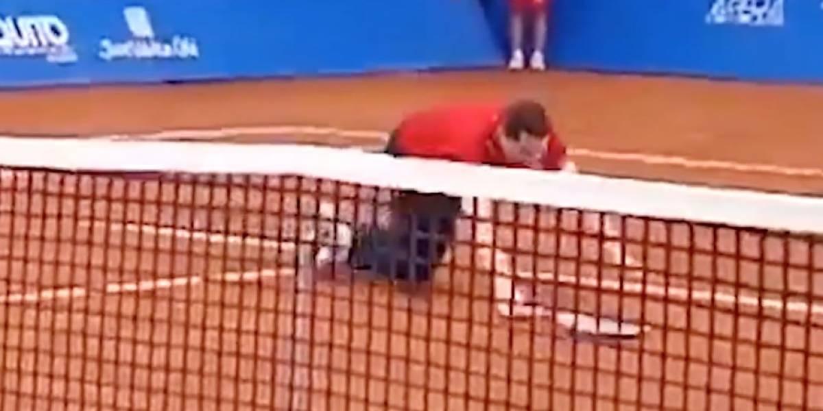 Mauricio Rodas, alcalde de Quito, sufrió caída ante el tenista Gael Monfils