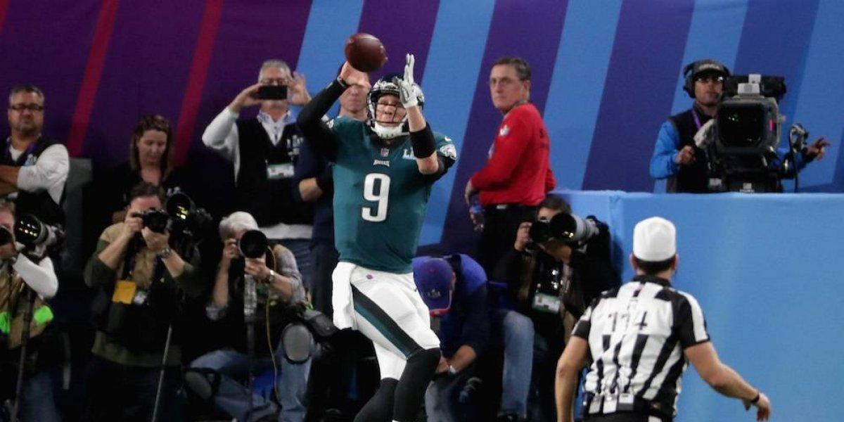 Nick Foles se convirtió en receptor en el Super Bowl LII