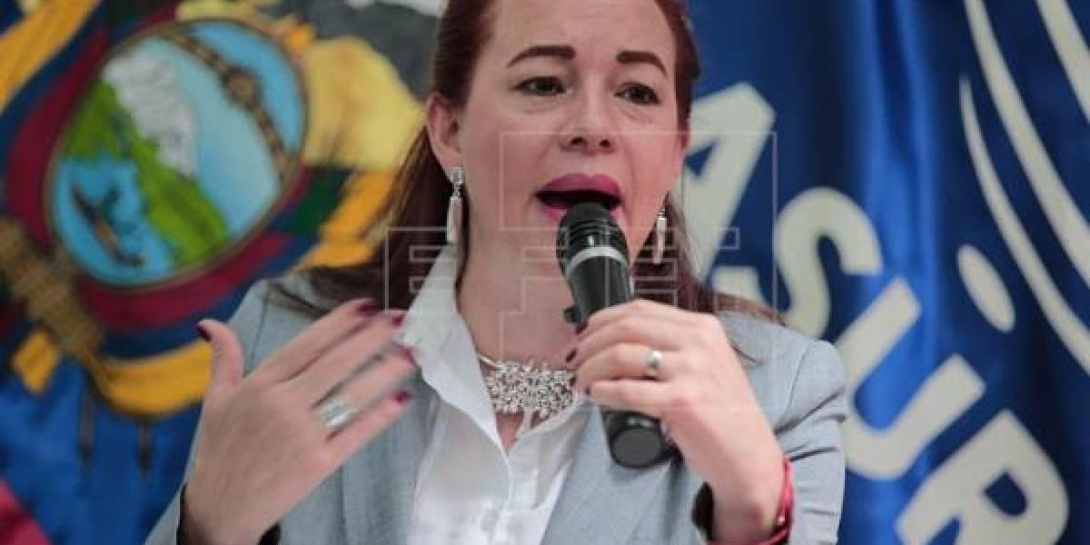 """María Fernanda Espinosa cree que de vencer el """"sí"""" se profundizará la democracia"""